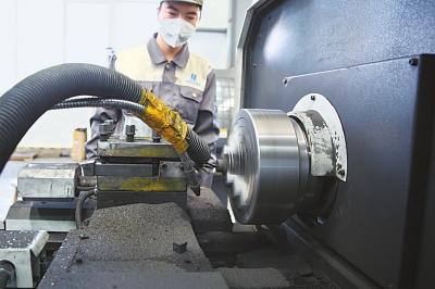 甘肃新西北碳素科技有限公司研发的飞机复合材料刹车片向国家相关机构提出认证申请(图)