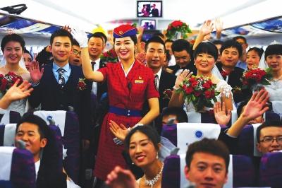 """""""多、快、好、省""""——记者体验宝兰高铁首趟G2028次列车运行"""