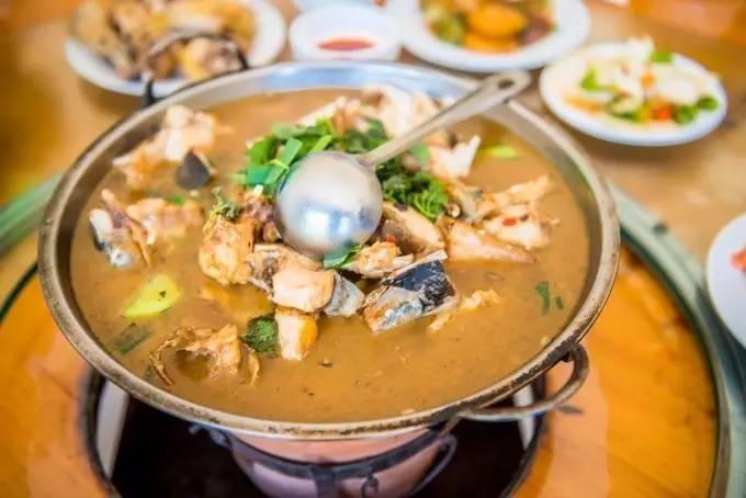 解表祛风 推荐鲜薄荷豆腐鱼头汤