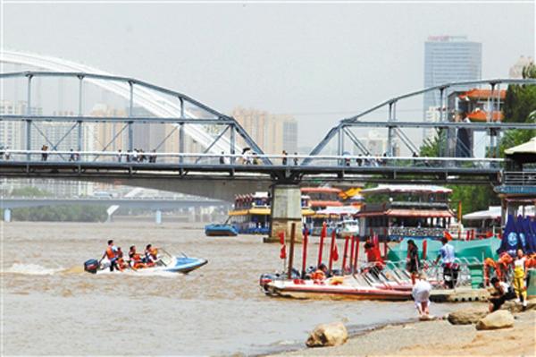 宝兰高铁通车 兰州游客明显增长(图)