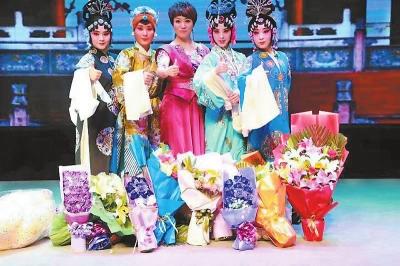 佟红梅师带徒专场演出专家座谈会在兰州举行(图)