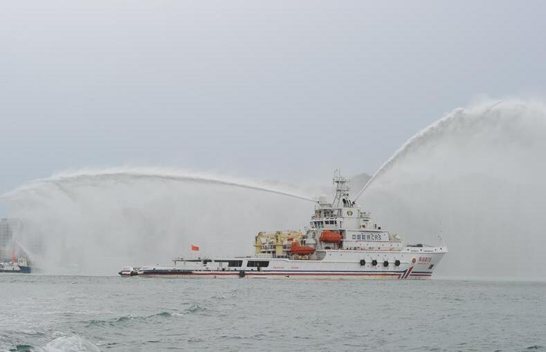 海南三亚举行海上联合救援演习(图)