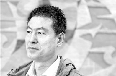梁鸿鹰:向世界展现中国人的生命律动