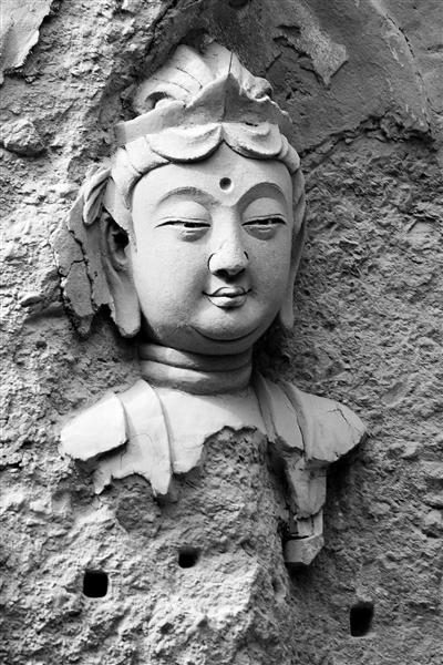 """""""东方微笑"""":天水百里石窟走廊的精美""""表情包""""(图)"""