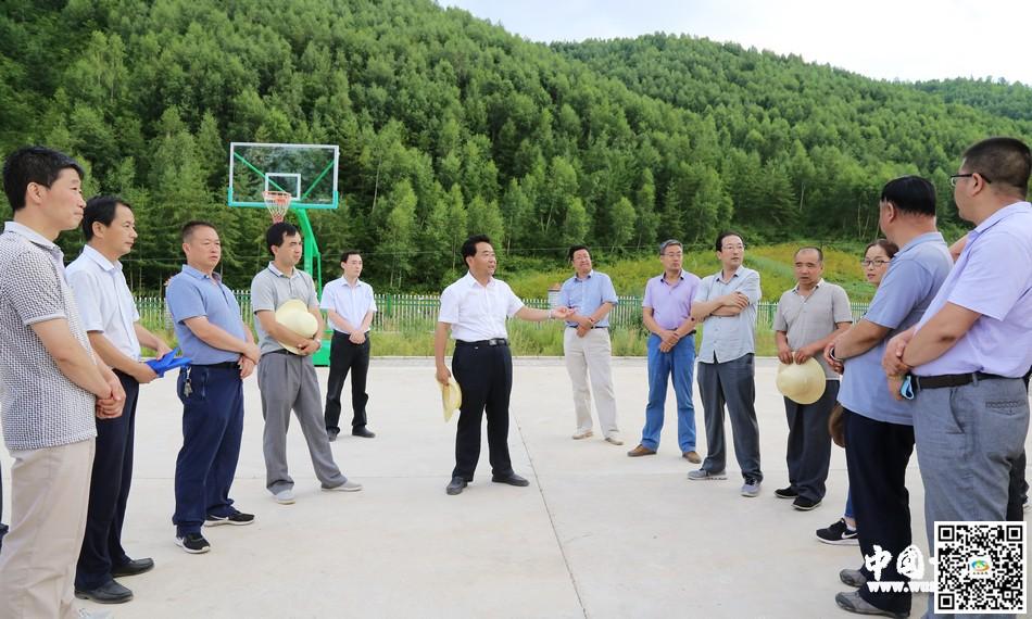 索鸿宾带领督查组在天水武山县沿安乡开展督查互比工作
