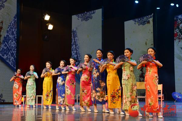 """张掖市肃南县""""秀美红湾·裕固家园""""文艺演出精彩纷呈"""