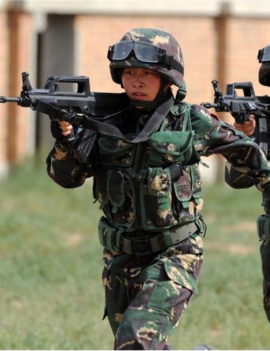 90个第一|第一支女子特战连:特战部队不容忽视的新生力量