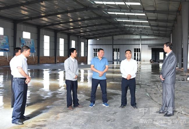 """天水清水县长马越垠调研""""三变""""改革试点工作(图)"""