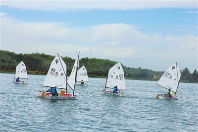 首届中国丝路帆船城市邀请赛在张掖甘州区举行(图)