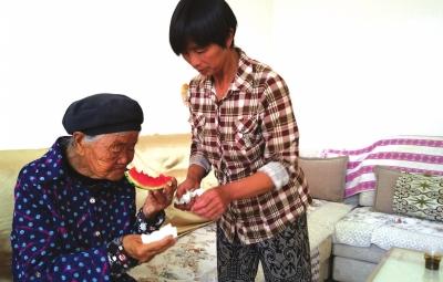 身处逆境坚强不息 她用爱撑起了多难的家——记兰州红古区平安镇平安村村民王桂香