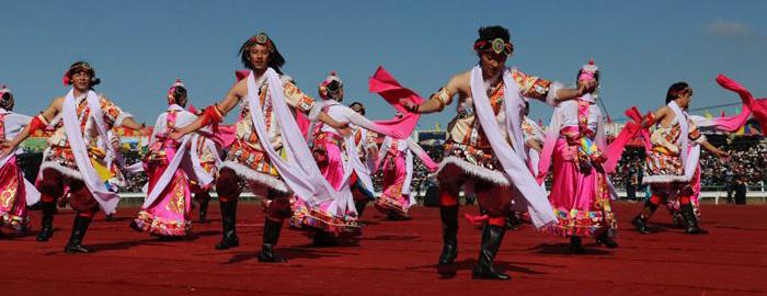 九色甘南香巴拉·玛曲第十一届格萨尔赛马节盛大开幕(图)