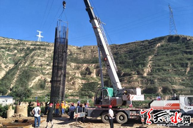 天平高速PT11标段全线首根桩基顺利浇筑