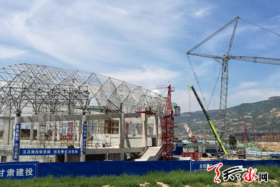 天水体育中心项目建设正酣