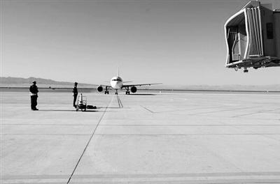 3400米跑道正式启用 敦煌机场可起降波音767等D类飞机了