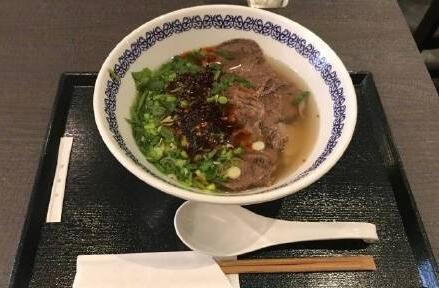 兰州牛肉面开到日本 网友:期待中国味道能够走向世界