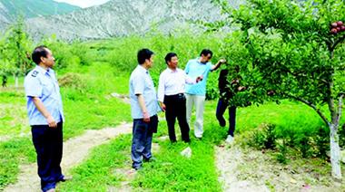 甘南州质监局对第九批省级农业标准化示范项目建设情况进行督查指导