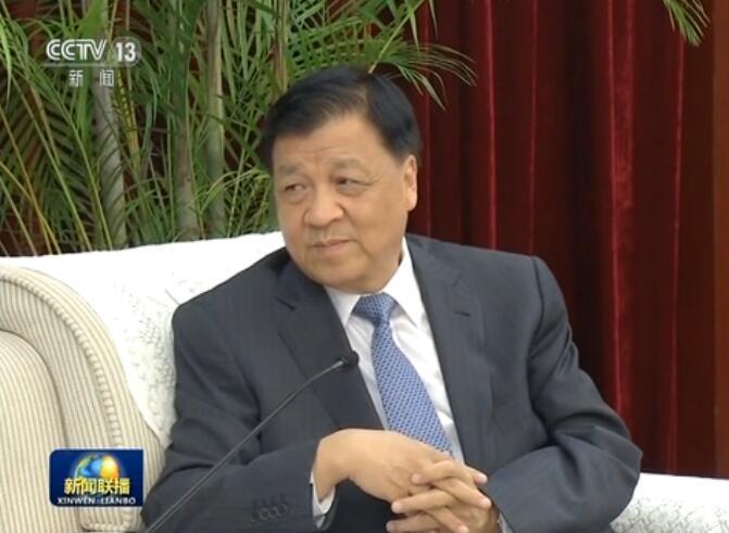 [视频]刘云山会见出席金砖国家政党 智库和民间社会组织论坛的外方政要
