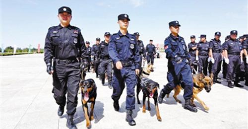 第二届敦煌文博会举行安保誓师大会