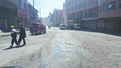 兰州市红古区窑街民门路整体环境仍需改善(图)