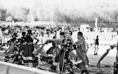 """酒泉市肃北县首届""""丝绸之路那达慕""""文化旅游节开幕"""