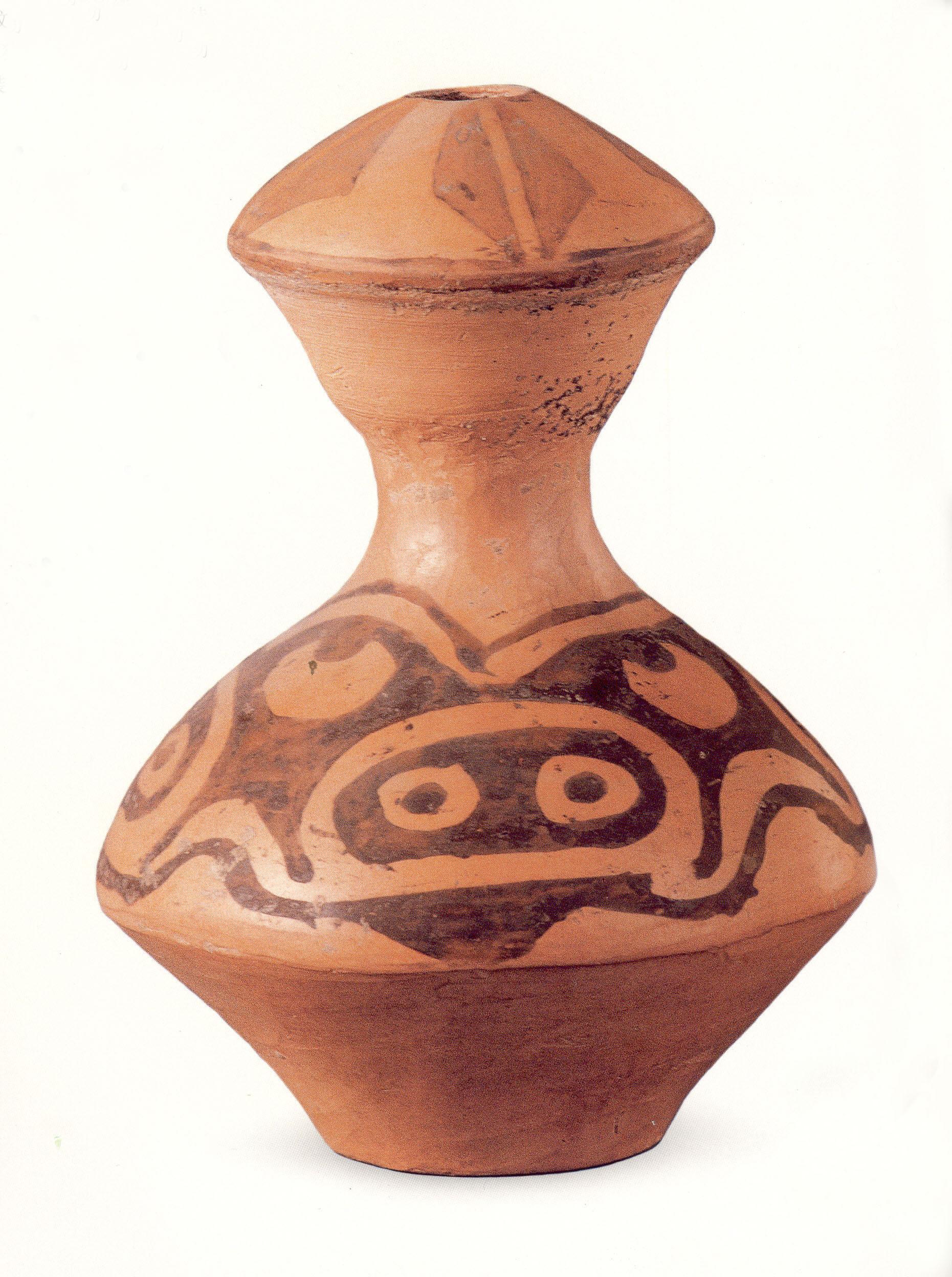 猪面纹彩陶壶