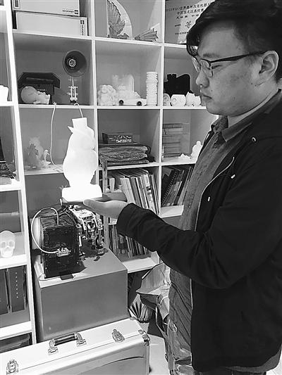 今晚上三D开奖结果:【出彩甘肃人】3D打印工程师:寓教于乐_让孩子们触摸尖端高科技