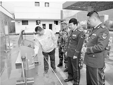 公安部消防局督导陇南市消防工作(图)