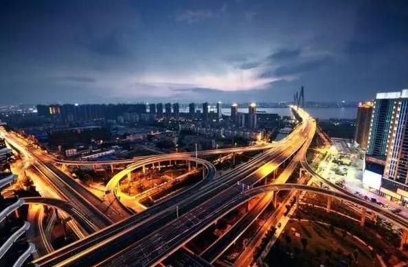 【十九大时光】外媒:十九大将为中国全面深化改革再谱新篇章