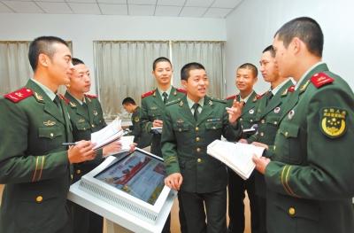武警驻甘某部通过多种形式 组织官兵深入学习党的十九大精神