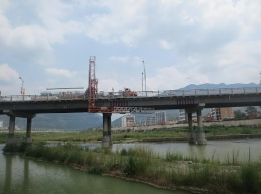 """甘肃五年创建""""平安公路""""1.8万多公里"""