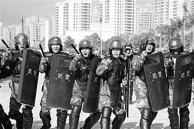 """陇南市启动""""反恐怖主义法宣传月""""活动(图)"""