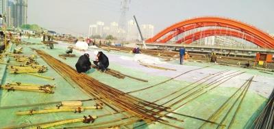 武威路铁路刚构桥首座梁体浇筑完成(图)