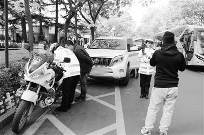 兰州交警提醒:黄色网状线内停车罚款200元记3分