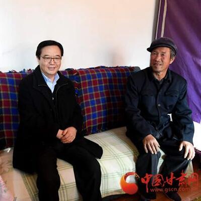 中央宣讲团深入甘肃省农村、企业与干部职工群众面对面互动交流