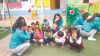 甘肃省军区幼儿园举办消防安全的知识讲座及应急演练活动