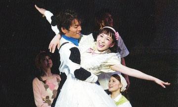 家庭音乐剧《想变成人的猫》亮相甘肃大剧院