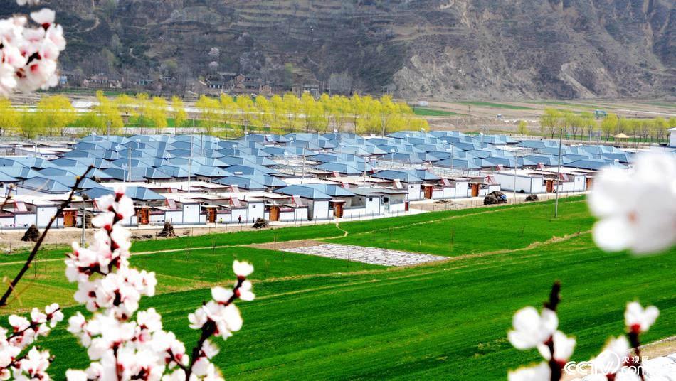 甘肃:易地搬迁新农村越来越有城镇范儿