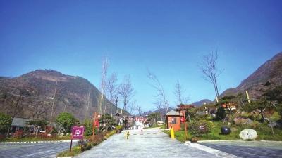 """兰渝铁路全线贯通为""""陇上江南""""康县带来新机遇(图)"""