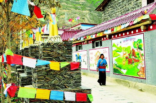 甘肃省甘南州生态文明小康村建设遍地开满幸福花