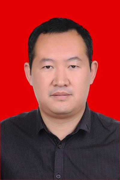 2017甘肃最美人物丨甘肃省人力资源和社会保障厅工资福利处主任科员:施建