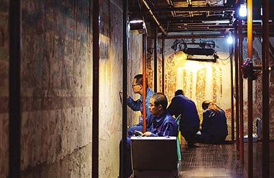 甘肃:干旱环境下保护古代壁画有绝招(图)