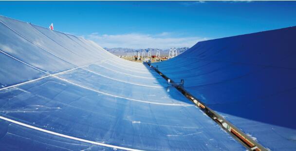 酒泉阿克塞首期50兆瓦高温槽式熔盐光热发电项目明年底竣工