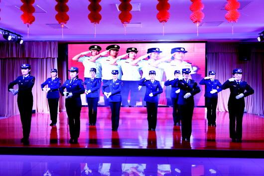 酒泉肃北县教育系统载歌载舞迎新年(图)