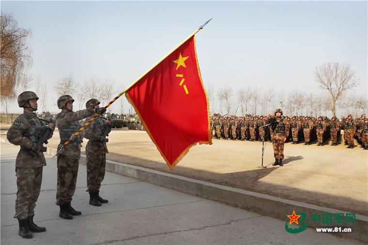 重庆时时彩开奖号码:军报评论:坚定不移把军事训练摆在战略位置