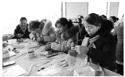 酒泉肃州:农闲时节学手艺(图)