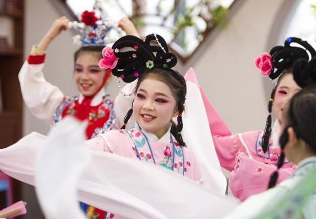 湖北:让传统文明浸润童心 让文明自大薪火相传