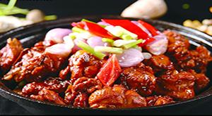 中国人旅行时怎么吃?本地味道和网红美食成关键