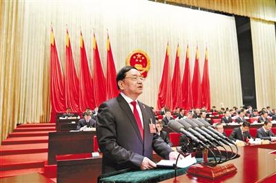 甘肃省高级人民法院工作报告——过去五年共受理 案件136.07万件