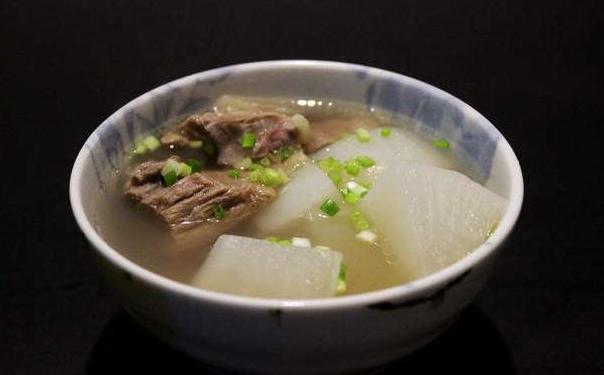 88彩票平台9福:白萝卜牛腩汤