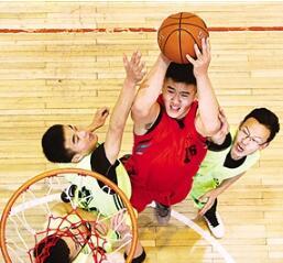 甘肃省第一届中学生校园篮球联赛在西北民族大学体育馆开赛